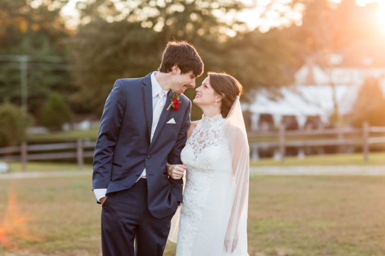 Read more about the article The Oaks at Salem Wedding Photography   Jaime + Phil