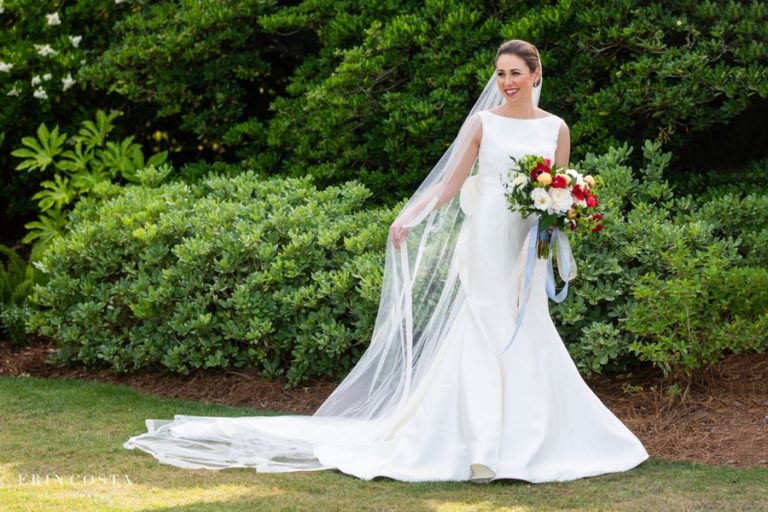 Read more about the article Figure Eight Island Bridal Photos | Liz