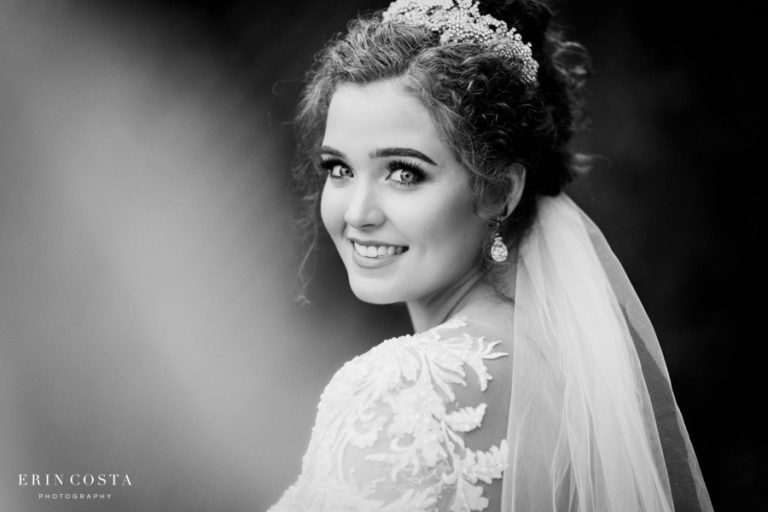 Read more about the article Barclay Villa Bridal Session | Ashlyn