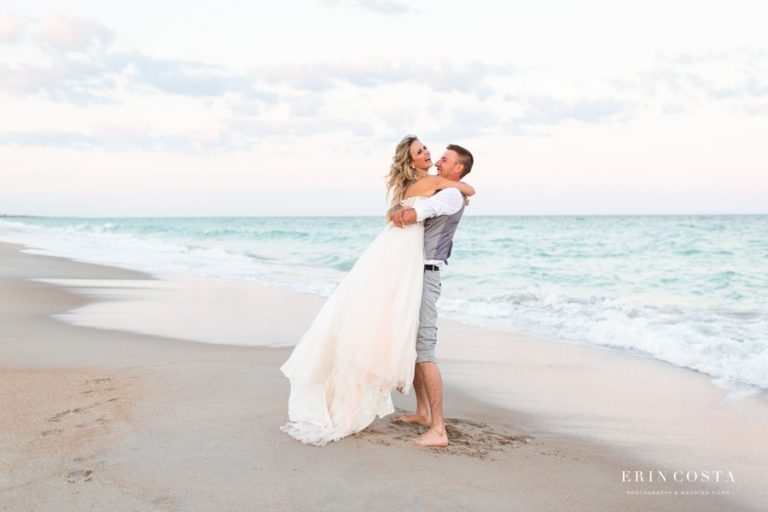 Read more about the article Topsail Beach Wedding Photos | Nicole & Austin