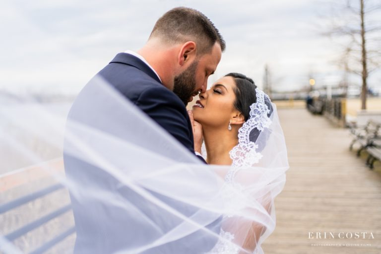 Read more about the article Embassy Suites Wilmington Weddings | Emely + Drew